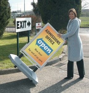 busygrip sprung pavement signs