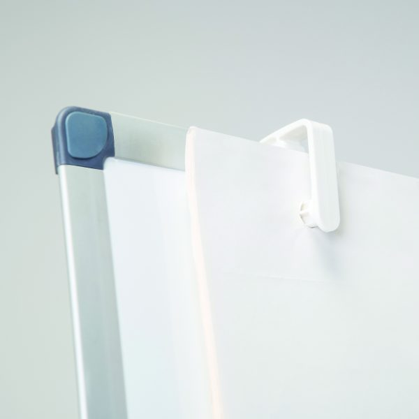 Standard Flipchart Easel 2 with clips